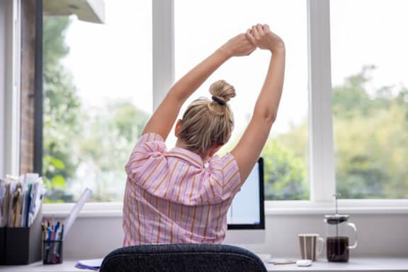 Fitten Emivel IX. - Irodai munka, 1-2 trükk és gyakorlat, hogy megőrizd az egészséged