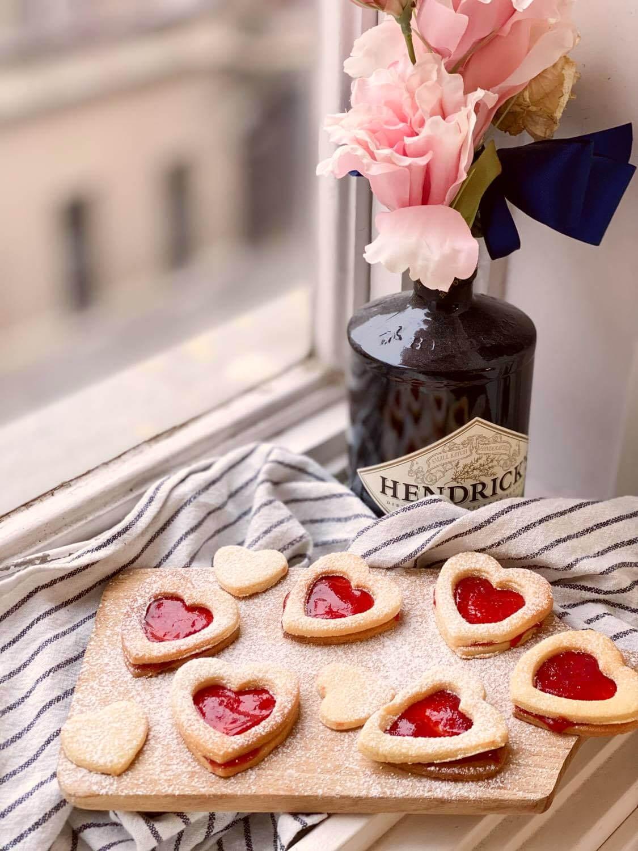 Édességgel töltött szívek, sok sok szeretettel ;)